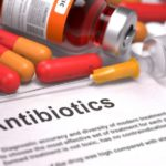 Какие антибиотики принимать при трофической язве на ноге?