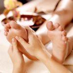 Можно ли делать массаж ног при отеках и варикозе?
