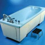 Как принимать ножные ванны при варикозе нижних конечностей?
